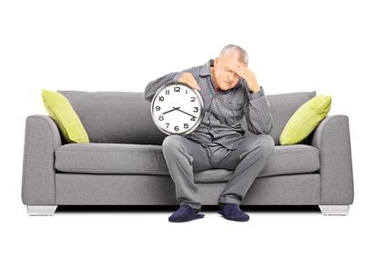 personnes g es combien d heures de sommeil leur faut il blog senup votre partenaire. Black Bedroom Furniture Sets. Home Design Ideas